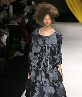 Issey-Miyake-collection-Spring-Summer-2008-8