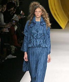 Issey-Miyake-collection-Spring-Summer-2008-9